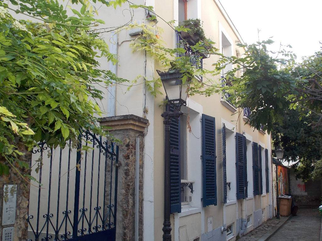 Vente de maison d\'architecte avec jardin Paris 75010 Canal ...
